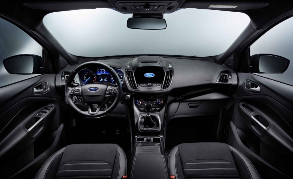 Ford-launches-2016-Kuga-during-MWC-in-Barcelona-1