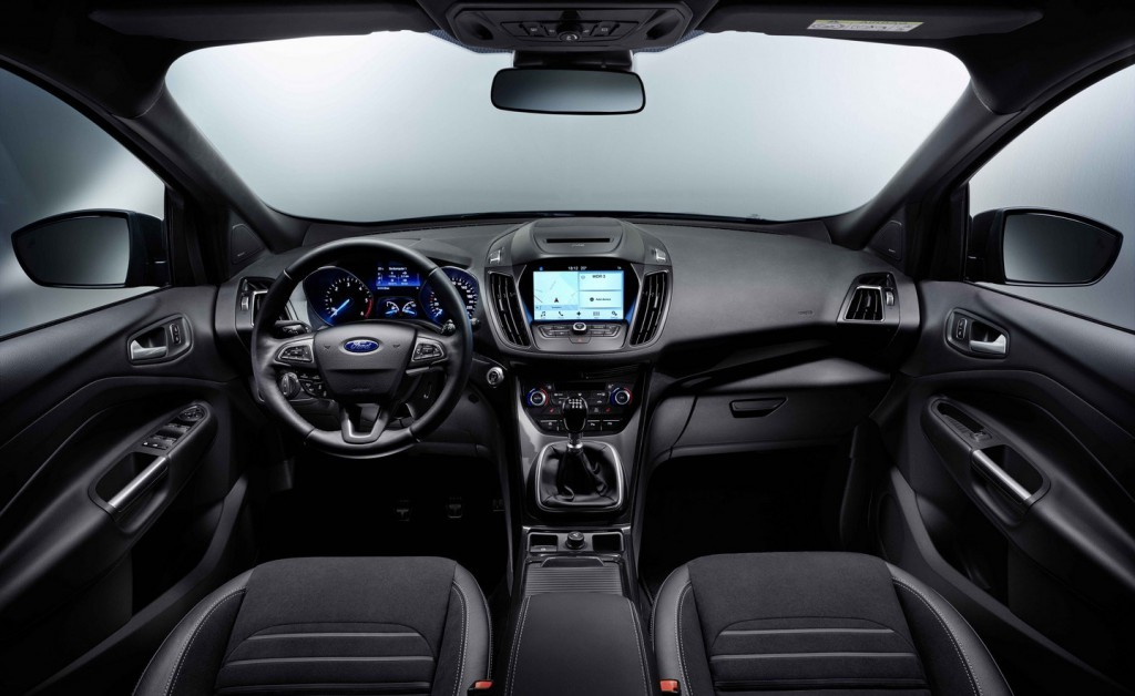 Ford-launches-2016-Kuga-during-MWC-in-Barcelona-2