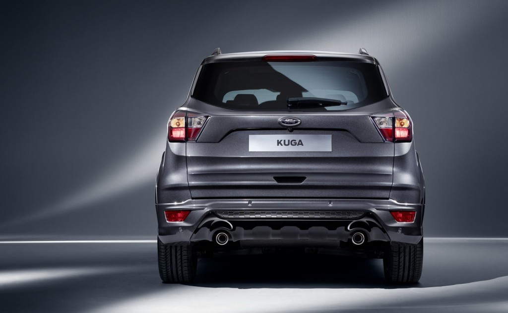 Ford-launches-2016-Kuga-during-MWC-in-Barcelona-4